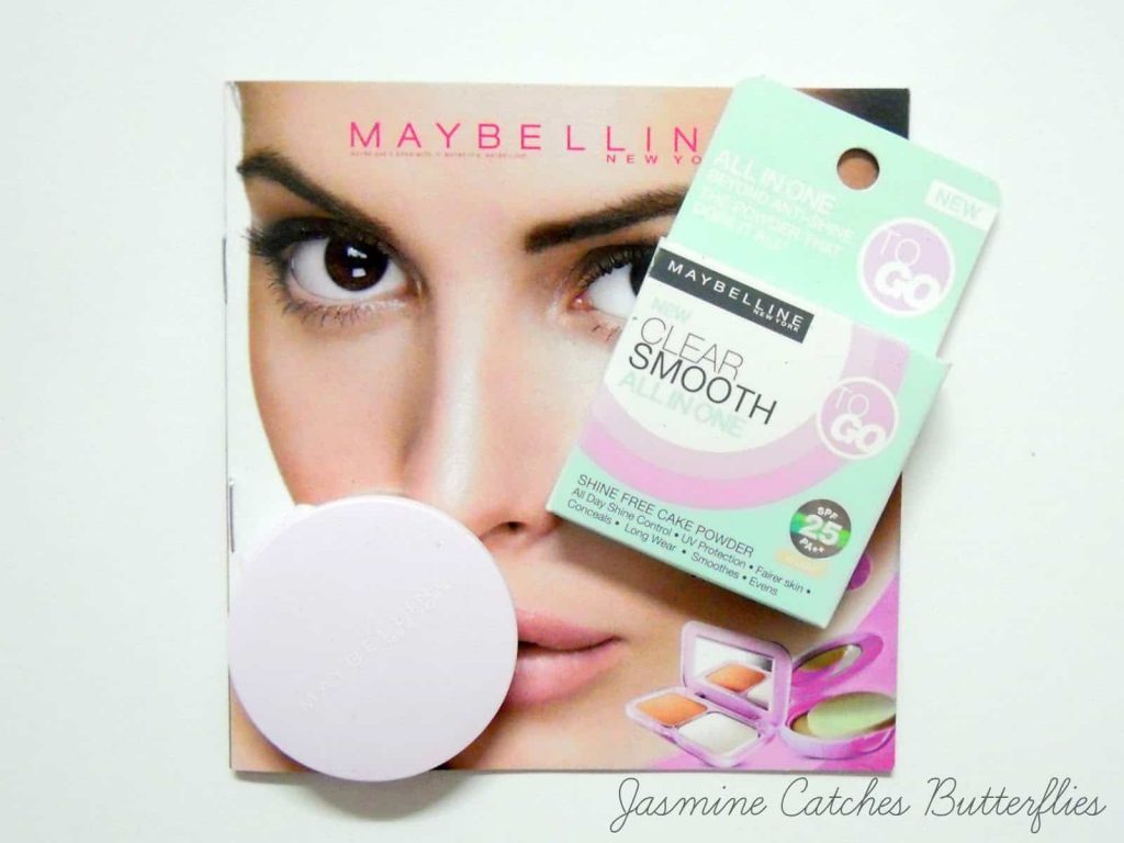 Maybelline New York Clear Smooth All In One Shine Free Cake Powder Review & Swatches