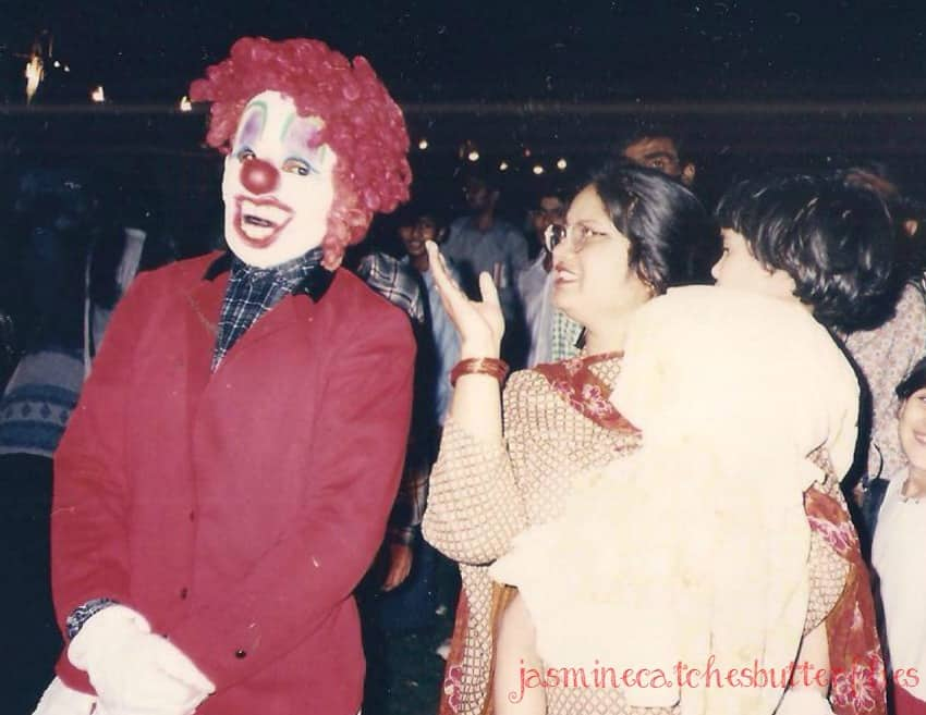 Halloween Look Creepy Rainbow Clown