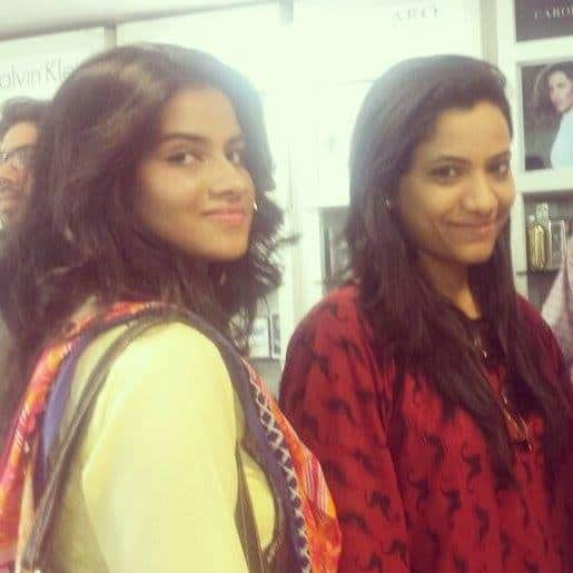 Karachi Bloggers at HSY and Ittehad Lawn Launch