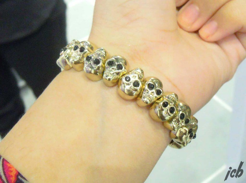 Claire's Gold Skull Bracelet