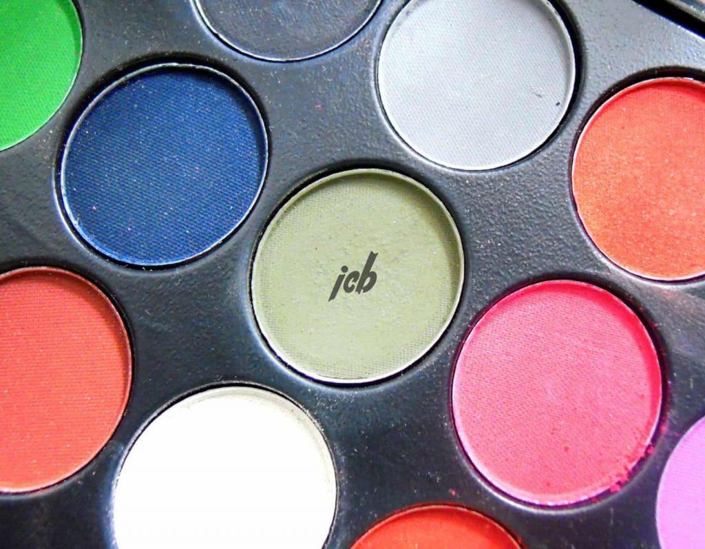 Glamorous Face USA Eye Shadow Palette