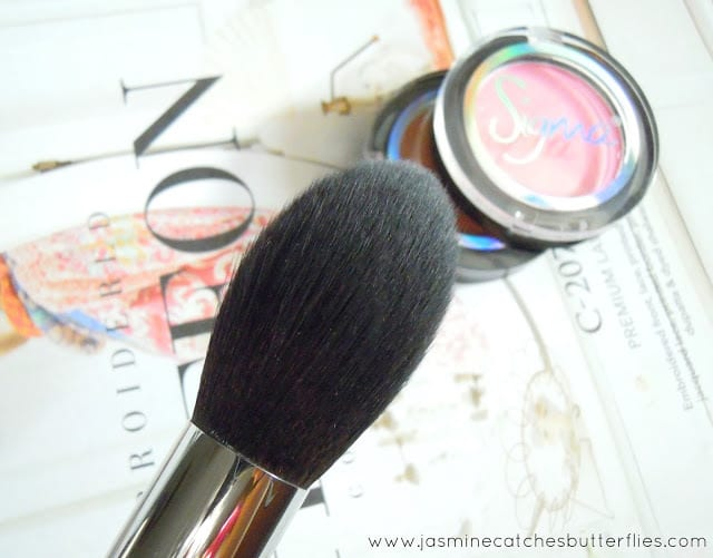 Sigma Beauty Tapered Face Brush F25