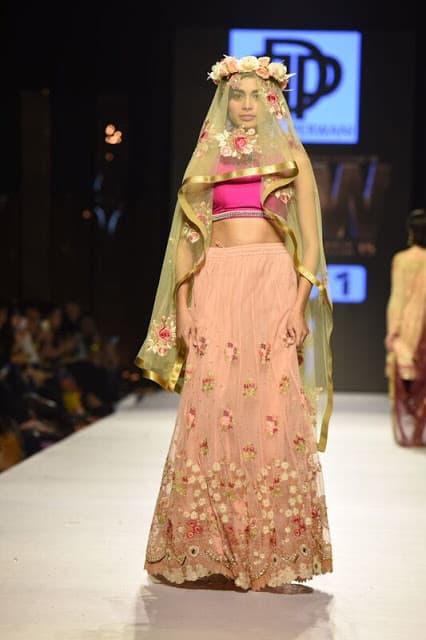 Deepak Perwani: La Vie en Rose