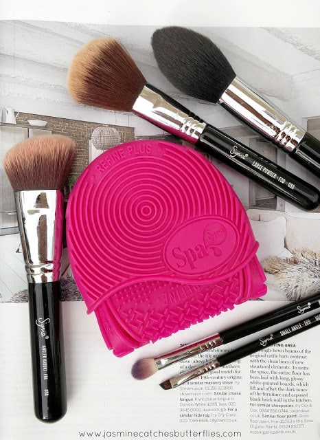 Five Holy Grail Sigma Brushes and Spa Express Glove