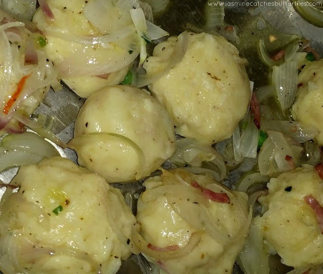 Potato Dumplings (Kartoffelkloesse)