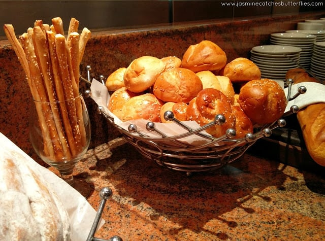 Breadsticks and bread Turkish Food Festival at Asia Live, Avari Towers