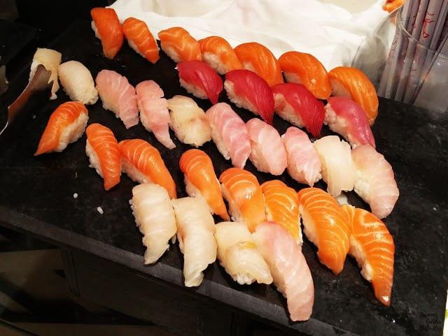 Sushi, Sunday Munch at Avari Towers