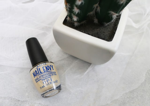 OPI Nail Envy Nail Strengthener Matte Formula Review