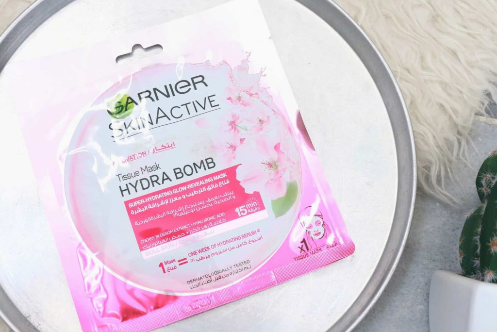 Garnier Hydra Bomb Super Hydrating Glow Revealing Mask